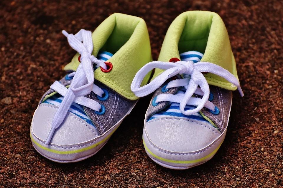 8c0f53948ada7 Los mejores zapatos para bebés del 2019   TOP 5